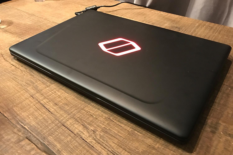 laptop gaming pertama dari samsung