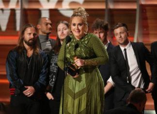 adele in grammy awards 2017