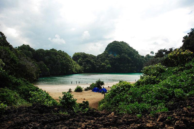 Laguna Segara Anakan, Pantai di Malang