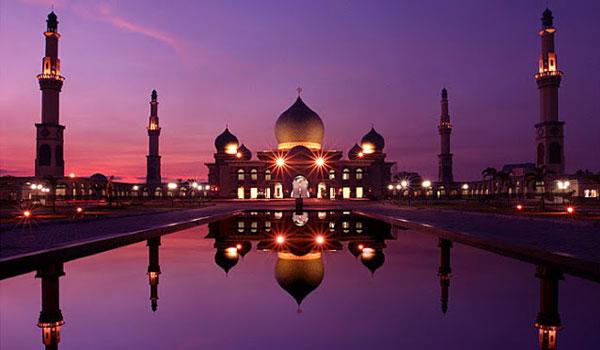 masjid agung an nur - Tempat Wisata di Pekanbaru yang Tidak Boleh Dilewatkan