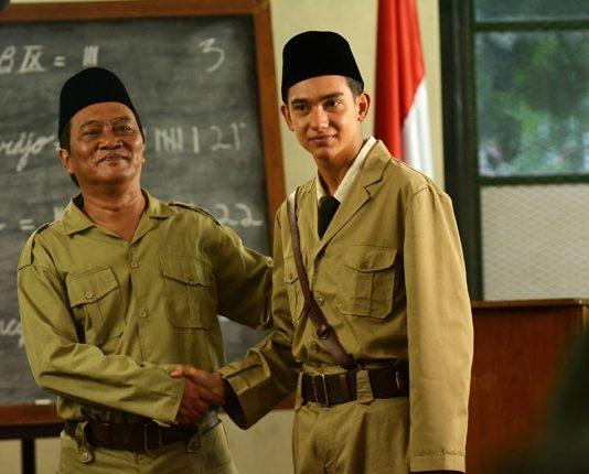 Film Jenderal Soedirman, Film Adipati Dolken
